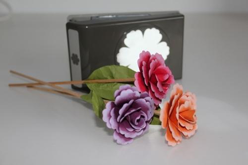 Selbtgebastelte Blumen mit der Blumenstanze, gebastelt mit Produkten, Stempeln und Stanzen von Stampin\' Up!