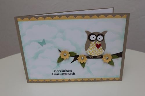 Geburtstagskarte mit der Eulenstanze, Bild1, gebastelt mit Produkten, Stanzen und Stempeln von Stampin\' Up!