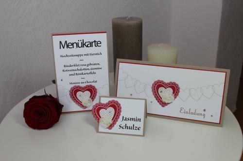 Hochzeitsset2, benutzt wurde das Stempelset Hearts a Flutter und die Heats a Flutter Framelits, Bild1, gebastelt mit Produkten, Stanzen und Stempeln von Stampin\' Up!