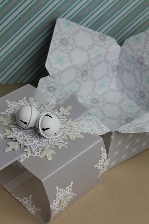Geschenkbox Festive Flurry, Bild 1, gebastelt mit Produkten von Stampin\' Up!