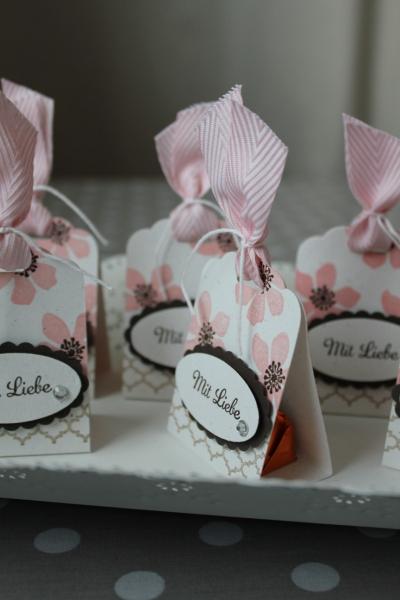 Küsschen-Verpackung mit Liebe, Bild4, gebastelt mit Produkten von Stampin\' Up!.