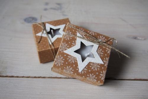 Teelichtverpackung, Unterm Weihnachtsbaum, Bild1, gebastelt mit Produkten von Stampin\' Up!