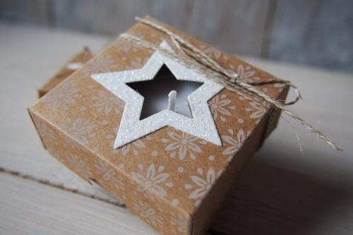 Teelichtverpackung, Unterm Weihnachtsbaum, Bild2, gebastelt mit Produkten von Stampin\' Up!