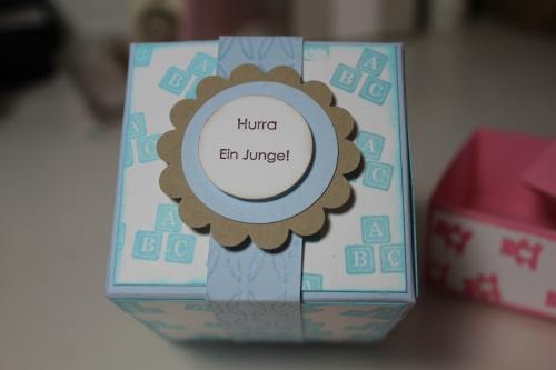 Geschenkbox zur Geburt für Jungen, gebastelt mit Produkten, Stempeln und Stanzen von Stampin\' Up!