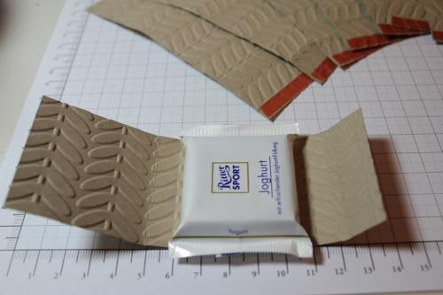 Verpackung für Ritter Sport Schokolade, Schritt 5, gebastelt mit Produkten, Stempeln und Stanzen von Stampin\' Up!