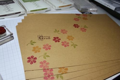 Bestempelter Umschlag für den Frühjahr-/Sommerkatalog, gebastelt mit Produkten, Stempeln und Stanzen von Stampin\' Up!