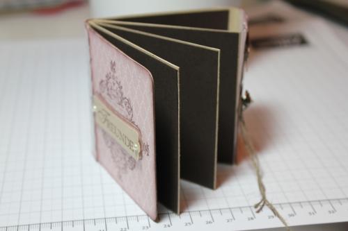 Minialbum/Fotoalbum mit Stempelset Zeichen der Liebe und Designerpapier Vintage-Mix, Bild6, gebastelt mit Produkten, Stempeln und Stanzen von Stampin\' Up!