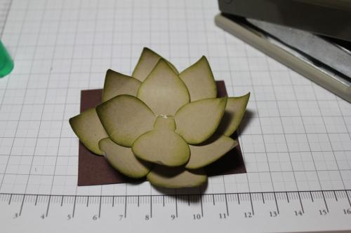 Blume/Seerose basteln mit den Framelits Formen Christbaumschmuck/Ornament Keepsakes, Bild8, gebastelt mit Produkten, Stempeln und Stanzen von Stampin\' Up!