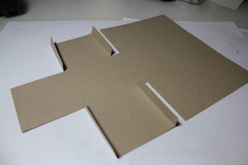 Bastelanleitung für eine Papierbox, Bild4, gebastelt mit Produkten, Stempeln und Stanzen von Stampin\' Up!