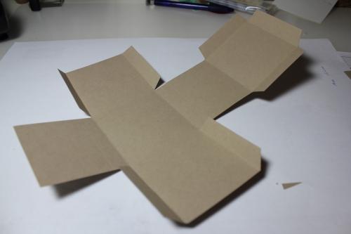 Bastelanleitung für eine Papierbox, Bild6, gebastelt mit Produkten, Stempeln und Stanzen von Stampin\' Up!