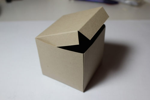 Bastelanleitung für eine Papierbox, Bild10, gebastelt mit Produkten, Stempeln und Stanzen von Stampin\' Up!