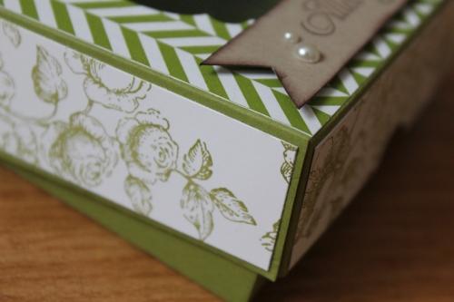 Geschenkbox/Verpackung mit Sichtfenster und Designerpapier Sommerparty, Bild3, gebastelt mit Produkten, Stempeln und Stanzen von Stampin\' Up!