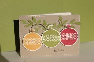 Grußkarte zu Weihnachten mit Kugelornament und dem Zarten Zweig, gebastelt mit Produkten, Stempeln und Stanzen von Stampin\' Up!