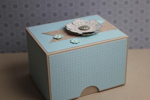 Box/Verpackung für Babyschuhe, Bild1, gebastelt mit Produkten, Stanzen und Stempeln von Stampin\' Up!